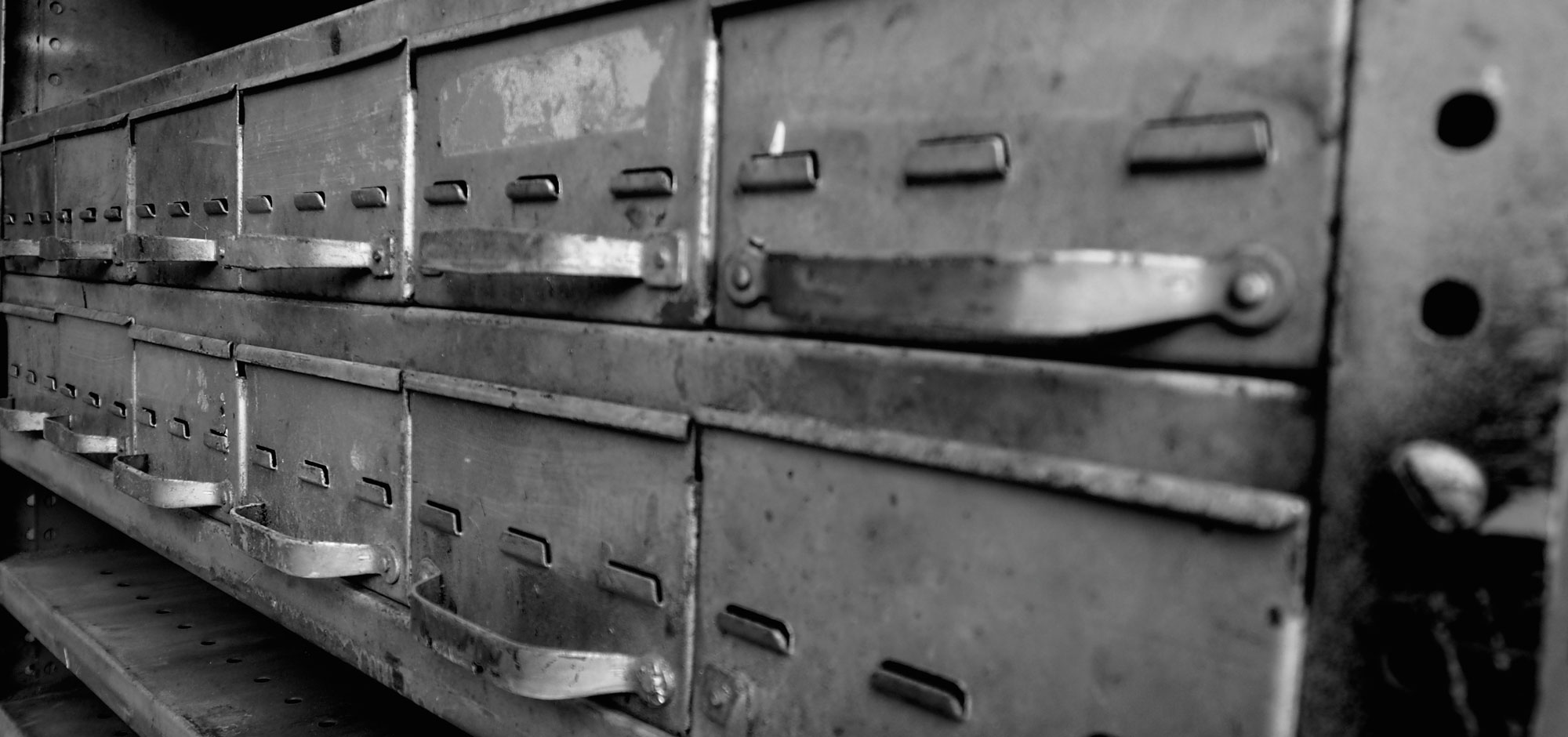 Metal industrial drawers