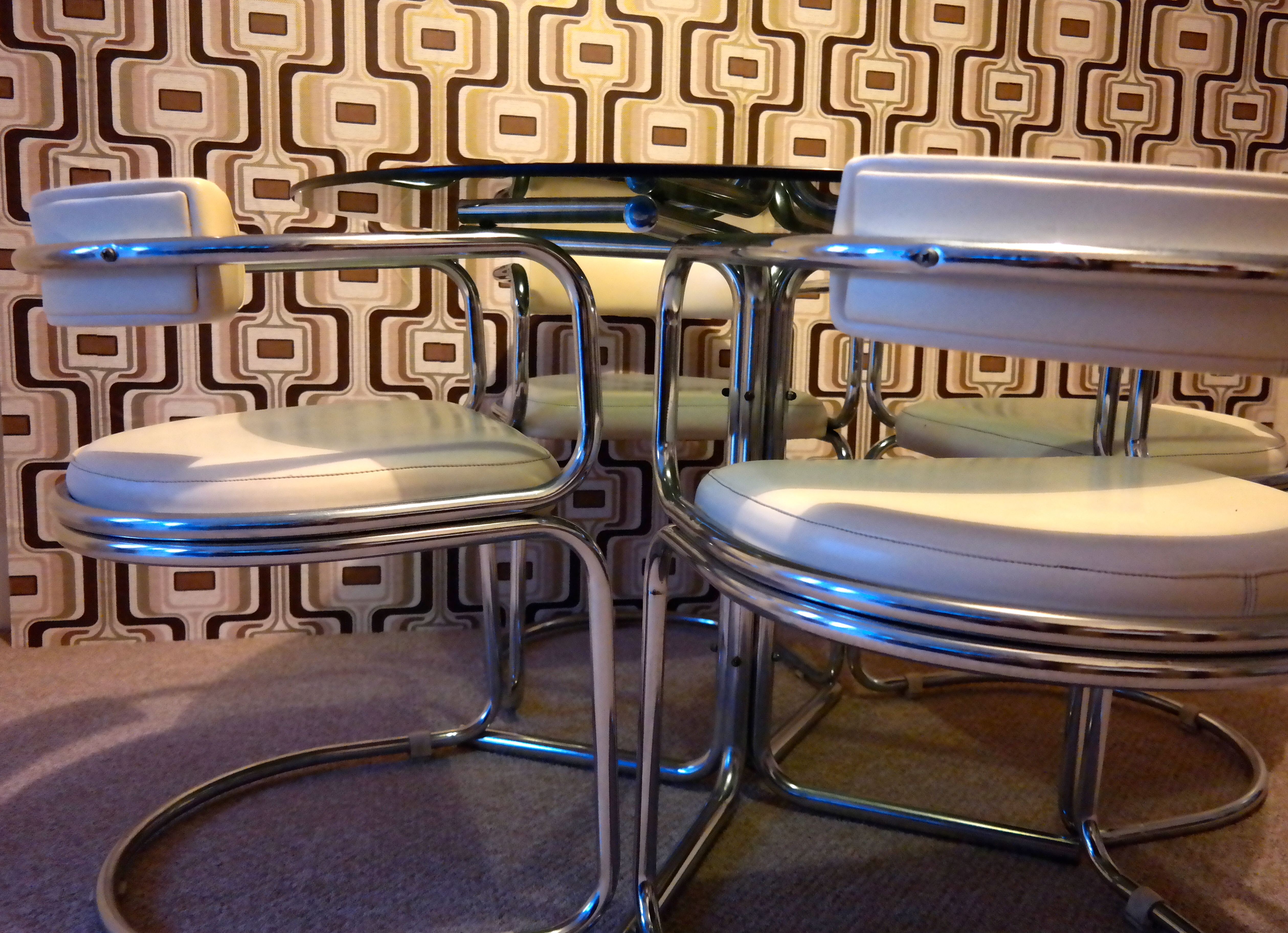 retro glass dining table and chairs heavenly metal